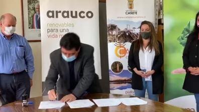 Municipio de cañete firma convenio que busca apoyar emprendimientos turísticos.