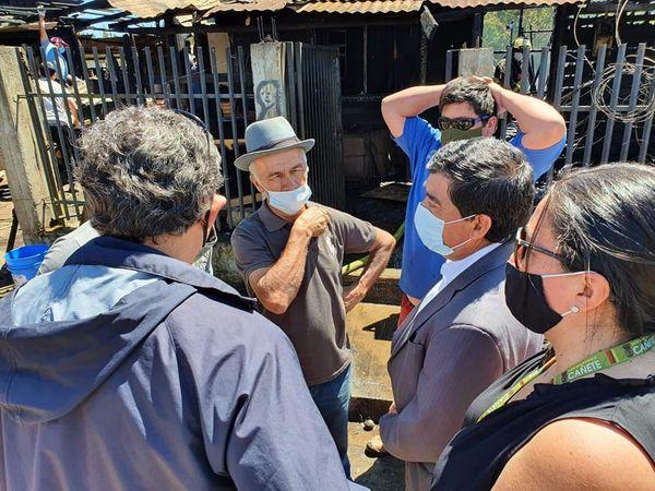 MUNICIPIO COORDINA AYUDA A AFECTADOS DE INCENDIO EN SECTOR LA GRANJA