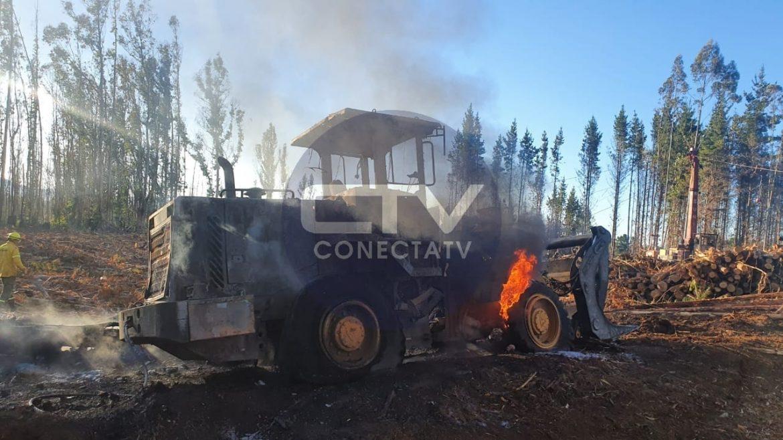 NUEVO ATENTADO DESTRUYE EQUIPOS FORESTALES EN CUYINPALIHUE