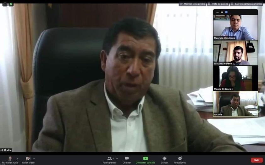 ALCALDE RADONICH SE REÚNE CON SEREMI DE ENERGÍA PARA REVISAR LOS PROYECTOS PENDIENTES EN LA COMUNA