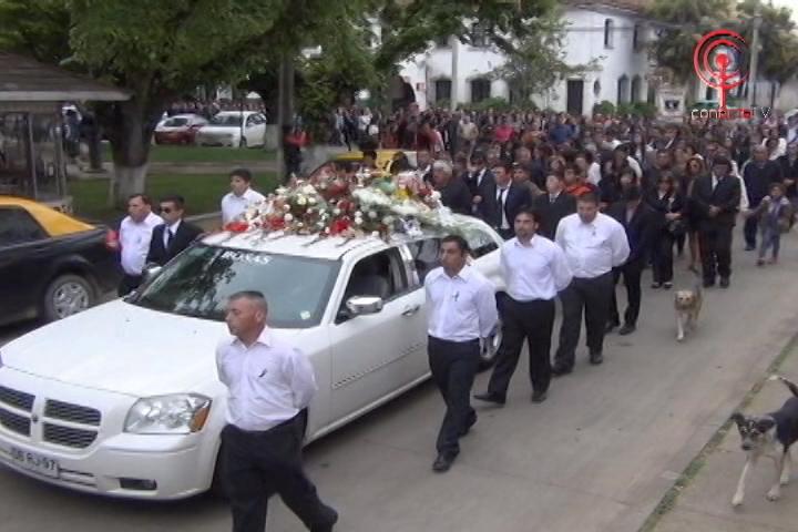 Masiva despedida brindó Cañete a dirigente del transporte fallecido en la capital