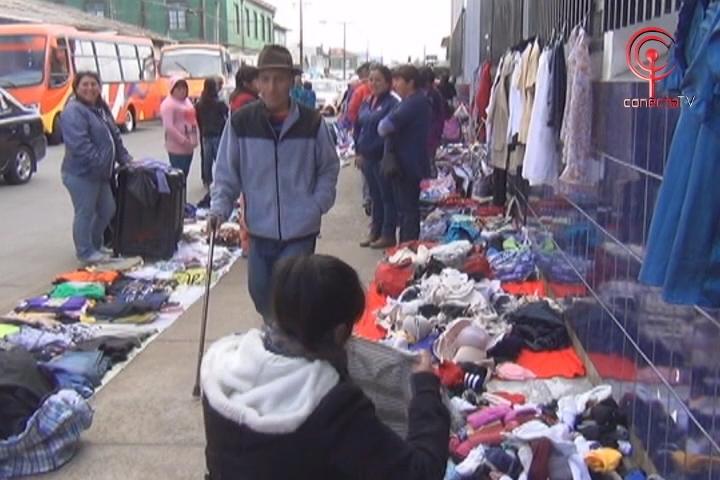 Llaman a regular el exceso de comercio ambulante en el centro de Cañete