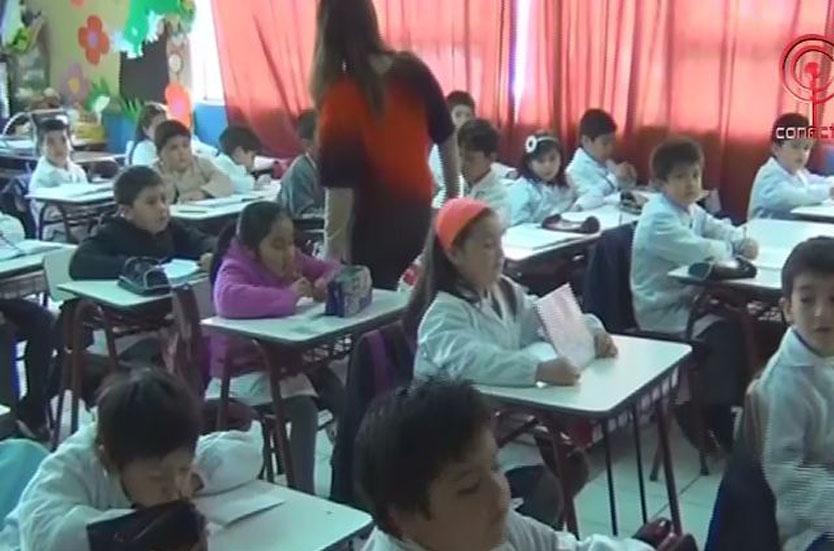 Alumnos del Liceo Gabriela Mistral mejoran aprendizajes con método música en colores