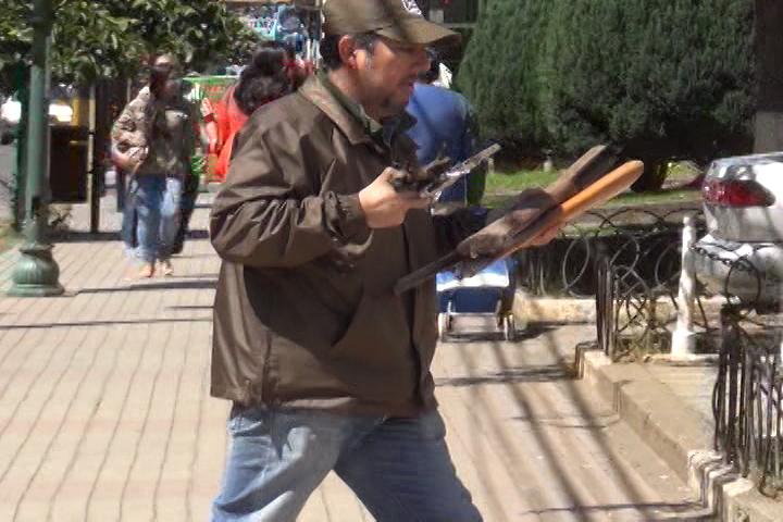 Carabineros desbarata armería clandestina en centro de Cañete