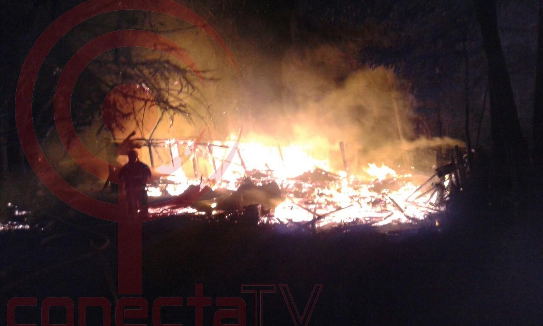 Incendio en Ponotro dejó a una persona damnificada