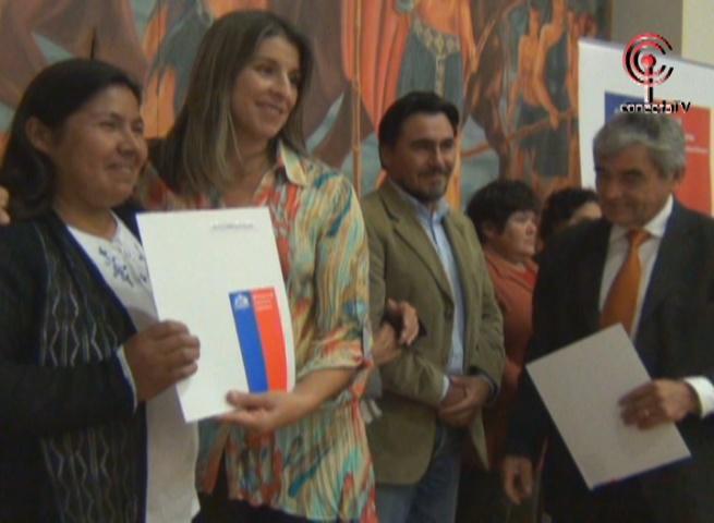 Familias recibieron subsidio para construir sus viviendas en Cañete