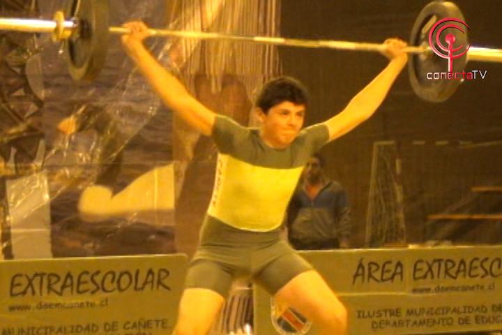 Cañete reunió a los mejores exponentes de la halterofilia regional estudiantil