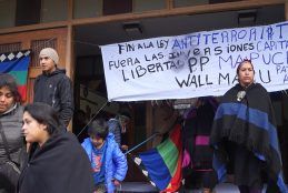 Cura párroco no pedirá desalojo de parroquia ocupada por comuneros Mapuche en Cañete.