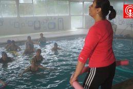 Setenta adultos mayores se benefician con taller de hidrogimnasia en Cañete.