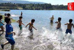 Comenzaron los talleres de natación para niños y niñas de Cañete.