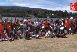 Más de 600 niños y niñas participaron de los cursos de natación que impartió el municipio de Cañete.