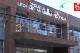 Apoderados denuncian maltrato de profesor a sus pequeños hijos en escuela de hombres de Cañete.