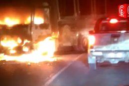 Nuevo ataque incendiario en ruta Contulmo-Cañete deja camión quemado y sin su fuente laboral a conductor.