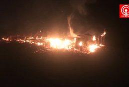 Encapuchados queman tres inmuebles de anciano de 83 años en sector Curaquidico de Tirúa.