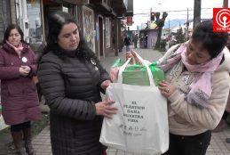 Barrio Comercial de calle Covadonga impulsa campaña para sustituir uso de bolsas plásticas en Cañete.