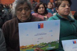 Más de 400 familias de la provincia de Arauco recibieron subsidios para mejorar sus viviendas.