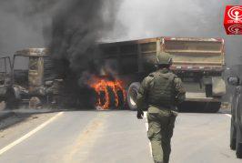 Encapuchados emboscaron camión y lo quemaron en ruta que conecta Cañete con Tirúa