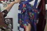 Mujer Mapuche de Penco es apoyada por la Conadi para desarrollar su emprendimiento de confección de vestimentas Mapuche.