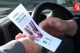 Carabineros y Municipio de Cañete incentivan al uso de cinturón de seguridad en automóviles.