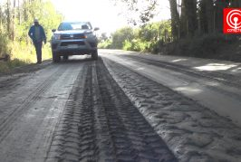 Vecinos de Tucapel alto en Cañete exigen mayor fiscalización a obras de asfaltado de camino.